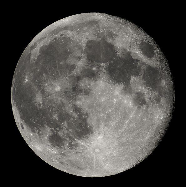 Foto des Mondes bei Nacht