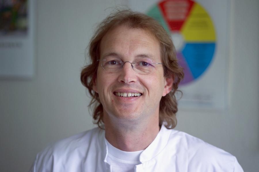 Dr. Elvermann