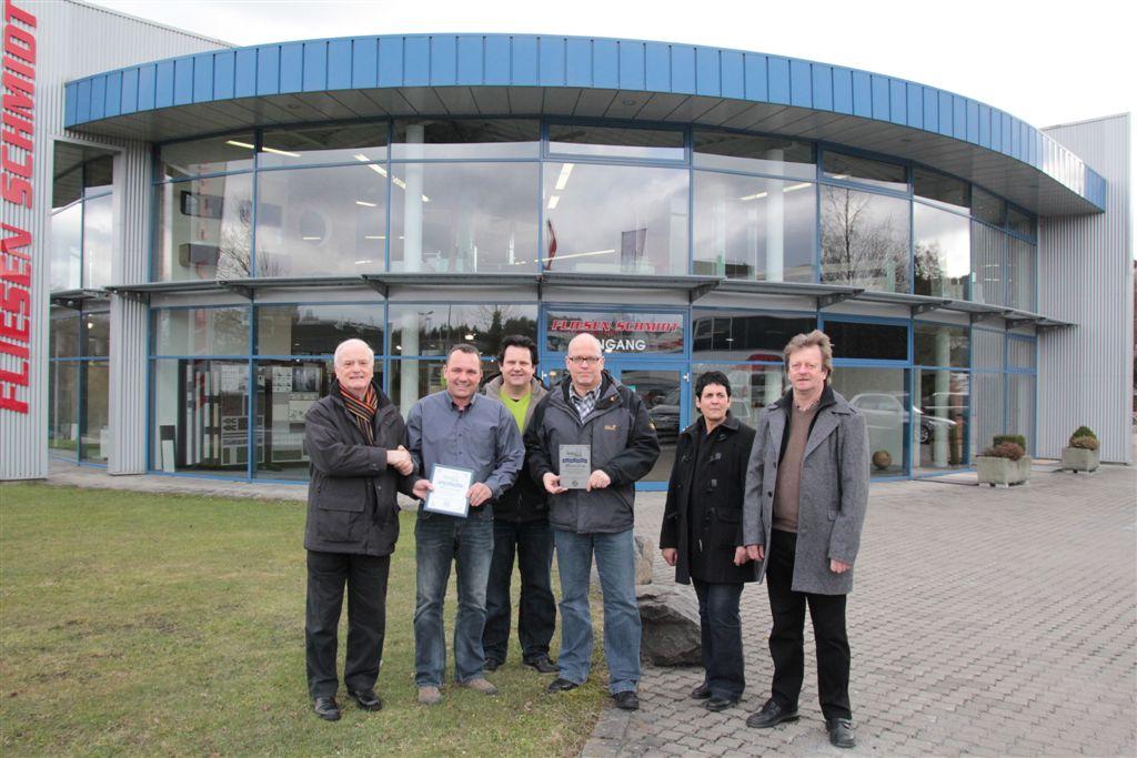 Auszeichnung 2011 für ein Geschäftsgebäude v.l.n.r.: Reinhard Grüber, Dietmar Schmidt, Lutz Büch, Eckhard Becker, Renate Wirths, Rudi Jendrny.