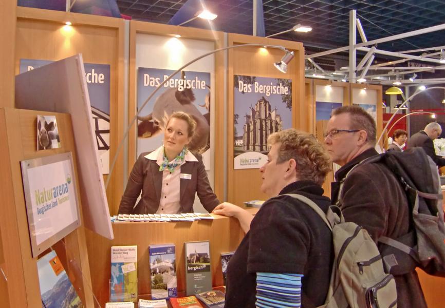 Mitarbeiter der Naturarena Bergisches Land auf der Messe Vakantiebeurs in den Niederlanden Mitarbeiter der Naturarena Bergisches Land auf der Messe Vakantiebeurs in den Niederlanden