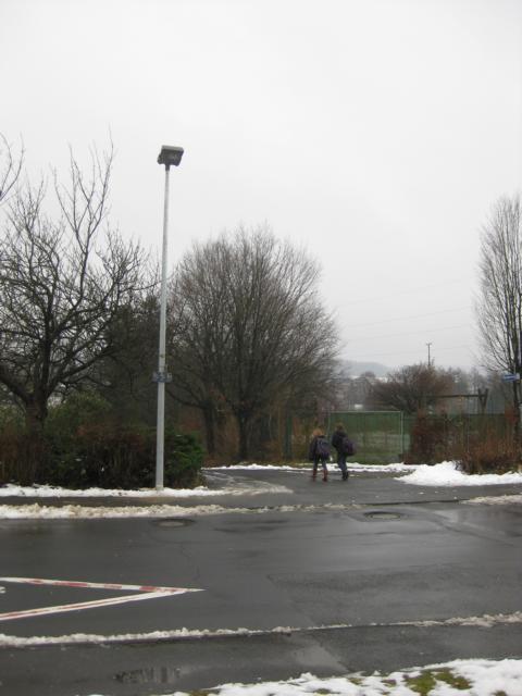 Eine bessere Ausleuchtung soll am Schulzentrum für mehr Verkehrssicherheit sorgen