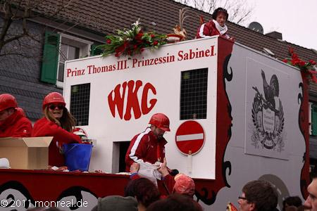 Bild vom ersten Waldbröler Karnevalszug, der 2011 statt fand