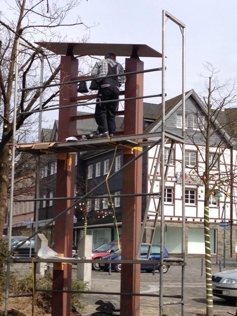 Die Montage der Glocken ist erfolgt, am Samstag wird das Zuccalmaglio-Glockenspiel in Waldbröl eröffnet.