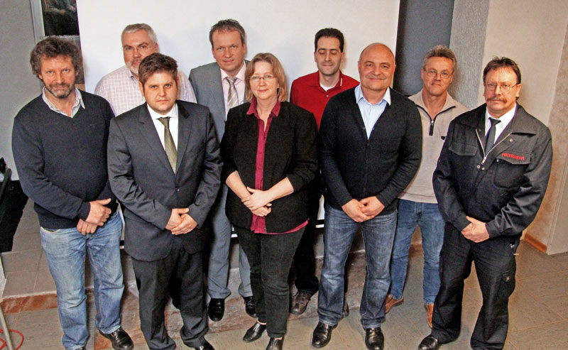 (v.r.) Friedhelm Bals, Manfred Heiden, Ralf Eschmann, Michael Storzer, Sylke Dickmann, Achim Krumm, Sebastian Tillmann, Werner Schenk, Bernd Roth
