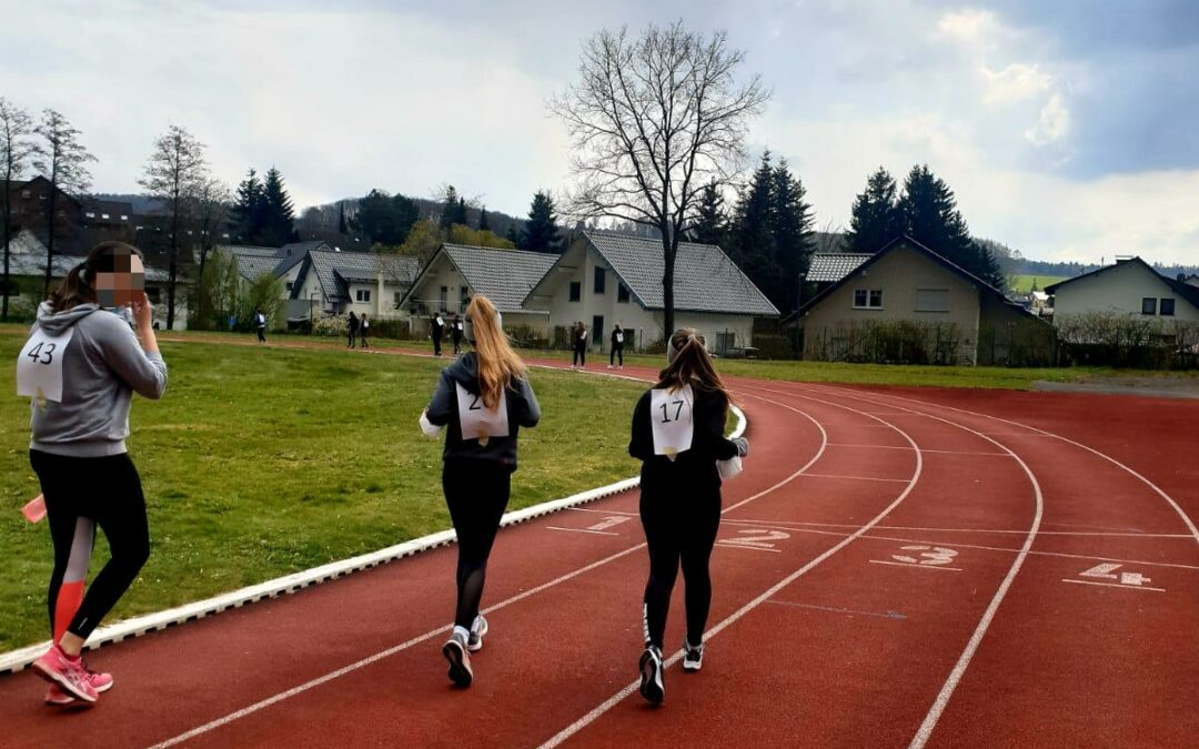Hollenberg-Gymnasium Waldbröl: Laufen für den Abiball